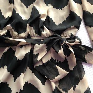 Dresses - Chiffon long sleeve dress